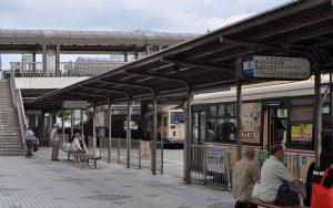 川西バスターミナル